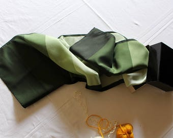 Vintage Gradient Green Scarf
