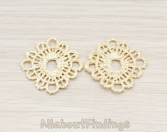 PDT686-MG // Matte Gold Plated Rounded Square Lace Pendant, 2 Pc