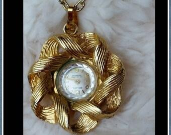 Vintage Belvil 17 Jewels Incabloc Wind Up Pendant Necklace Watch
