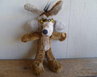 Wylie Coyote Plush Roadrunner 1994