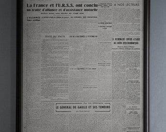 Vintage European Newspaper Le Monde First Issue Reproduction: Unframed French Newspaper from December 19th, 1944