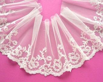 Ivory Lace Trim, Classic Floral Wedding Trim, Off White Wedding Lace, Bridal Lace Trim, Wedding Veil, Forest Bride