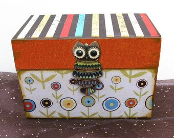 Owl Recipe Box Woodcut Custom and Personalized
