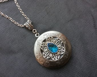 Silver Locket Aquamarine Locket, Blue Birthstone Filigree Locket Necklace, Gift for Her, Mother's Day Necklace, Mommy Gift