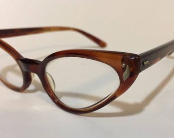True Vintage Bausch & Lomb Tortoise Cateye Mid Century Hornrim 50-60s Eyeglass Frame