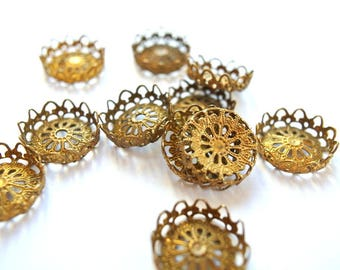 6 VINTAGE flower cap beads, metal lace design 16mmx4mm height