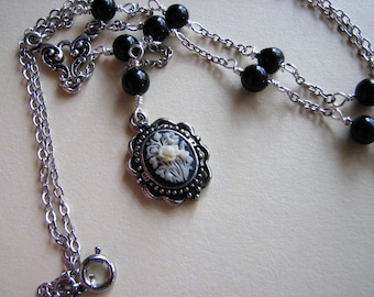 Rose cameo necklace   rose pendant   floral   small   beaded lariat    black agate   botswana