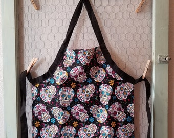 Sugar Skull Apron,Toddler Apron,Kids Apron,Dios De Muertos,Kids Arts and Crafts,Reversible Apron,Kids Gift Under 20,Little Girls Apron