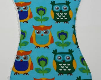 Burp cloth ergonomically with OWL motif