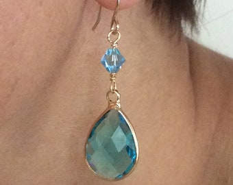 Blue cystal dangle earrings