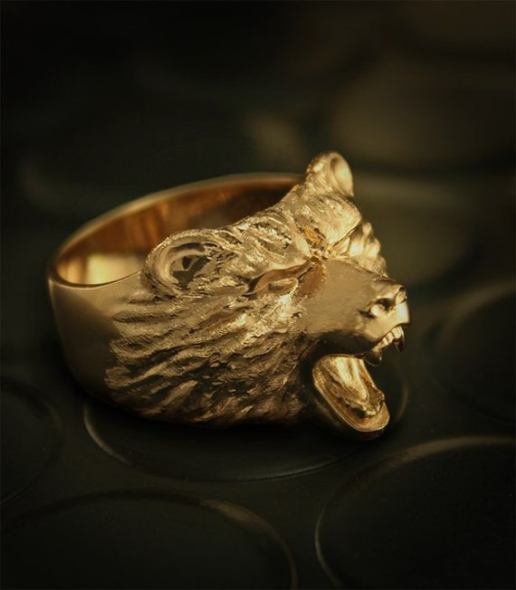 Grizzly mens signet ring Bear gold signet ring Biker ring