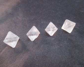Fluorite Octahedron - Set of 4 - Clear - Illinois - Stone of the Mind, Decision making, Comprehension, Metaphysical, Healing - Crystal Cave