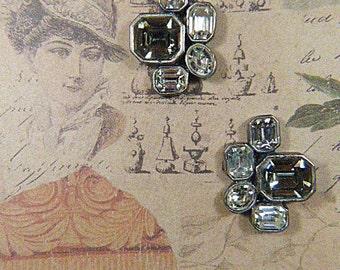 Vintage Rare Signed DAG Gray Rhinestone Clip Earrings - V-EAR 656 - Gray DAG Rhinestone Earrings