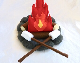 Play Camp Fire Set, Felt Campfire Toy, Kids Pretend Camping, Stuffed Fire, Faux Campfire Set , Teepee Playset Items, Christmas Gift for Kids