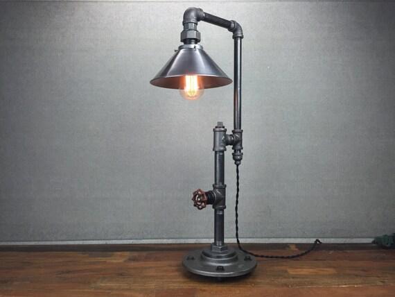 metall tisch lampe industriem bel edison gl hlampe. Black Bedroom Furniture Sets. Home Design Ideas