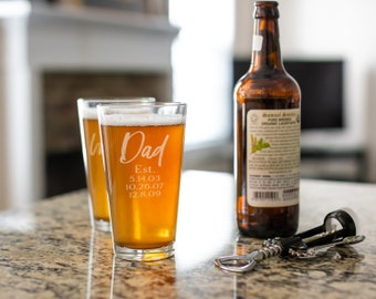 Fathers Day Pint Glass - Dad Pint Glass - Beer Glass - Personalized Pint - Custom Beer Glass - Best Dad Ever - Super Dad - Deer Beer Glass