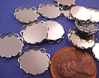 20 Silver tone Round Lace Edge Bezel Cups 10mm