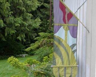 Pistil banner (Floral Series)