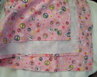 Large Flannel Receiving Blanket - Peace and skulls