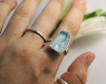 High Quality Raw Aquamarine Ring set in Sterling Silver - Size 9 US - Rough Aquamarine Ring - Raw Gemstone Jewelry
