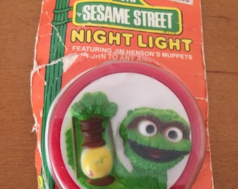 Vintage Sesame Street Oscar the Grouch Nightlight