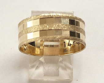 Gold wedding ring womens mens wedding band 14k solid gold with two rows of cubes for men and woman