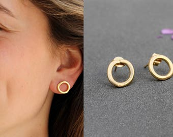 Gold Open Circle Earrings, gold circle earring, gold circle studs, Minimalist stud earrings, Small gold stud earring, gold geometric studs