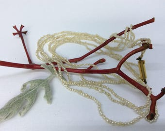 Antique seed pearl necklace, gold clasp, 18/19th Century