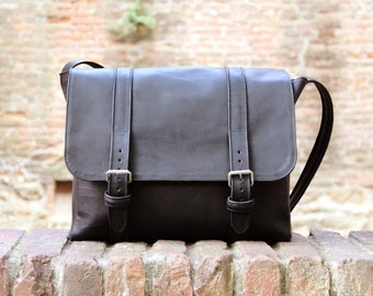 From the very heart of Italy - Messenger Bag made with genuine italian leather - Made in Tuscany