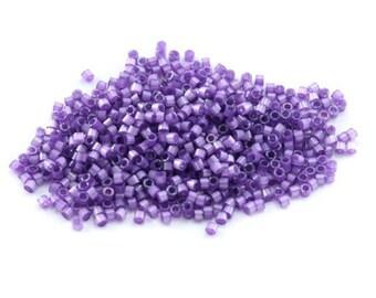 5, 10 or 20 g of miyuki Delica 11/0 purple Silk Satin (purple, dark purple) silk satin dyed lilac DB1809 Ref: 82