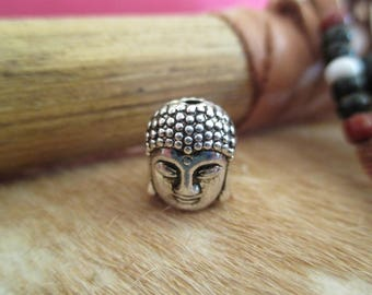 Beads Tibetan Buddha head.