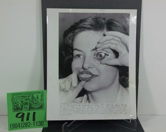 Vintage API Original Photo-Salvador Dali Jewelry Premier