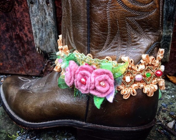Country Bridal Boot Jewelry, Boot Wrap, Bohemian Bride, Boot Accessory. Only One Available ~ Ready to Ship