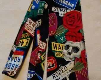 the rockin-est necktie that ever rocked