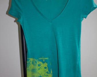 Rhinoceros silkscreen t-shirt