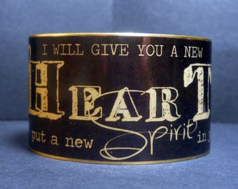 Bible Scripture Chalkboard Art Ezekiel 36:26 I Will Give You a New Heart Quote 1 1/2 Inch Brass Cuff Bracelet