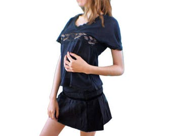 Mini skirt in satin, crepe and black wool