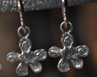 Sterling Silver Textured Daisy Earrings