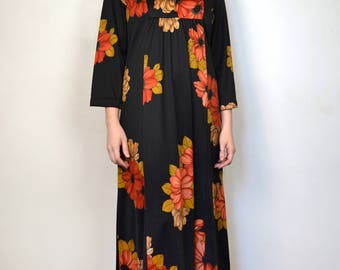 Vintage Maxi Dress V-Neck Tunic Bell Sleeve Empire Waist Black Red Floral Print Boho Hippie 1960s Size Medium