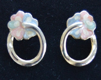Pretty Vintage Gold tone, Pastel Floral Hoop Pierced Earrings