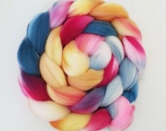 "Hand Dyed Eco Sock Blend Roving--4 oz 80/20 Organic Merino/Nylon Hand Dyed Combed Top, ""Poongsun"""