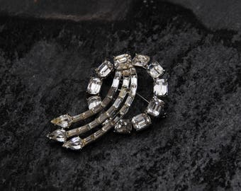 "Vintage Brooch, Elegant Silver and ""Diamond"""