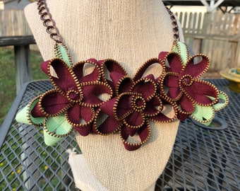 Burgundy Vintage Zipper Flower Necklace