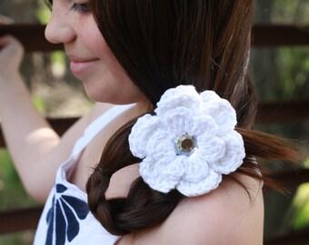 White Hair Clip White Sparkle Hair Clip Crochet Flower Hair Clip Flower Barrette White Barrette Flower Girl Hair Clip Wedding Christening