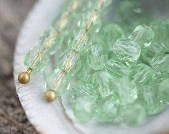 4mm glass beads, Light Peridot Green czech fire polished round spacers - 50Pc - 0852