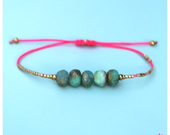 Mint green friendship bracelet - Neon pink thread - Miyuki delica beads - Boho chic macrame jewelry - Spring summer 2017 - Gift for her