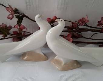Nao Pair of Pigeons/Doves, Made in Spain