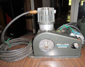 Vintage Miller 2000 Air Brush Paint Compressor