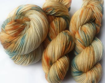 Hand dyed yarn, Egyptian sands, 100% super wash merino wool yarn, blue yarn, orange yarn, knitting, yarn,