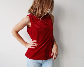 SALE! Gorgeous Red Velvet 90s Tank Top